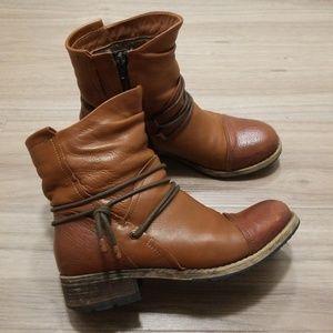 Clarks Artisan brown boots